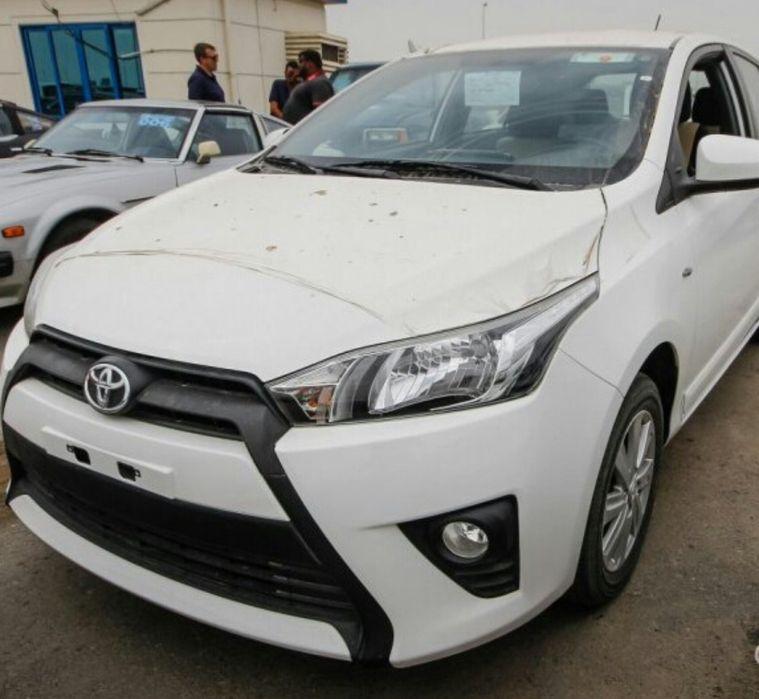 Toyota Yaris Esta A venda