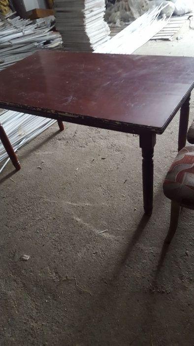 Продам столы для ресторанов/кафе.