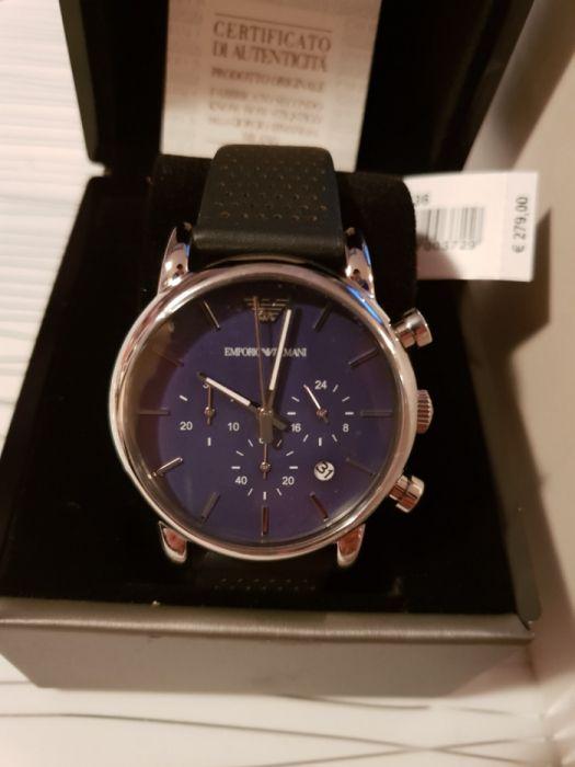 Нов ARMANI часовник