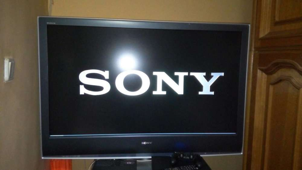 Televizor LCD Sony Bravia, 117cm