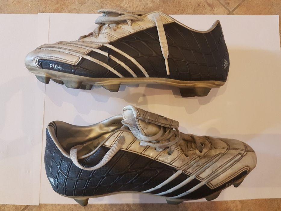 Adidas бутонки 42
