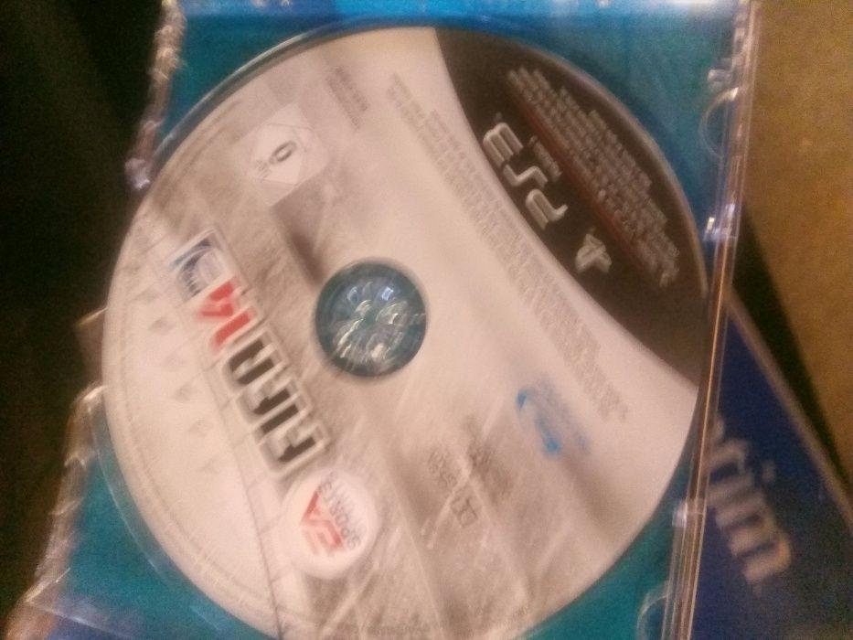 Tenho CD em bom estado de conservação de PS3 FIFA e NBA 2k13