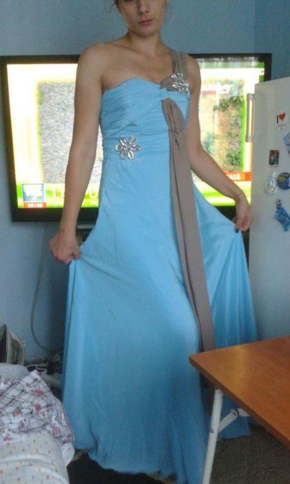 Vând rochie ocazie accept și schimb
