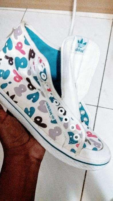 Sneakers da Adidas colorido tamanho 39-40 (8)