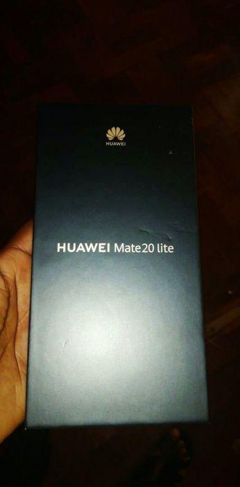 Huawei mate 20 lite selado na caixa