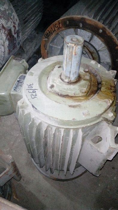 Ел. двигател, електродвигател 30 кВт, 975 об./мин.