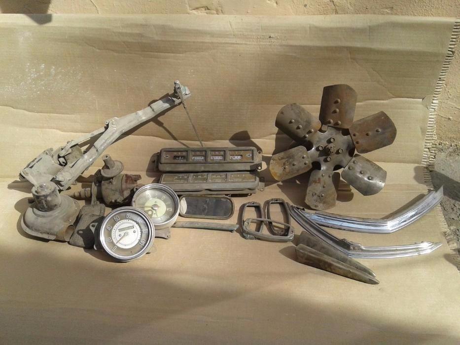 победа М-20 двигатель,мост,капот.багажник,крылья,приборы
