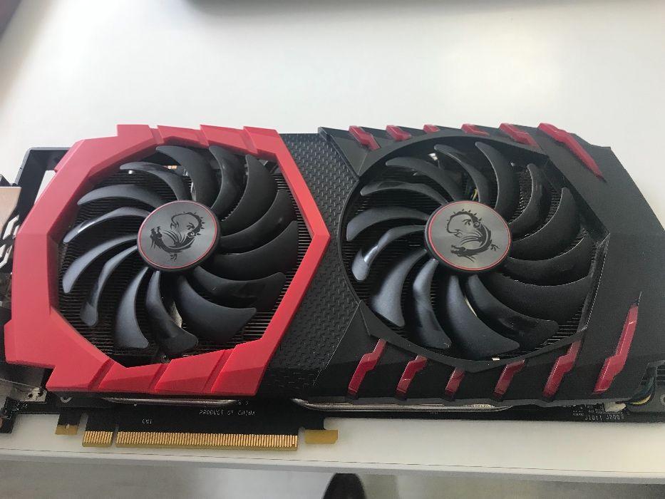 Placa gráfica GeForce 1070 Gaming X 8GB