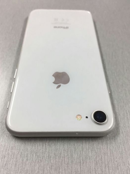 IPhone 8 normal 64 GB