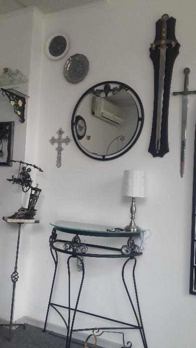 Метално огледало и конзола ръчна изработка