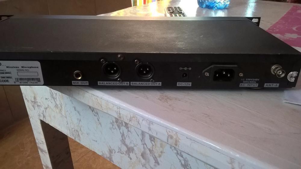 reciver 2 microfoane wirless sennheiser bc-666