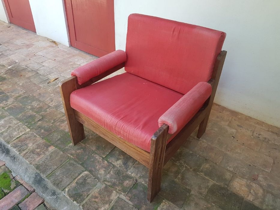 Cadeiras poltronas sofas
