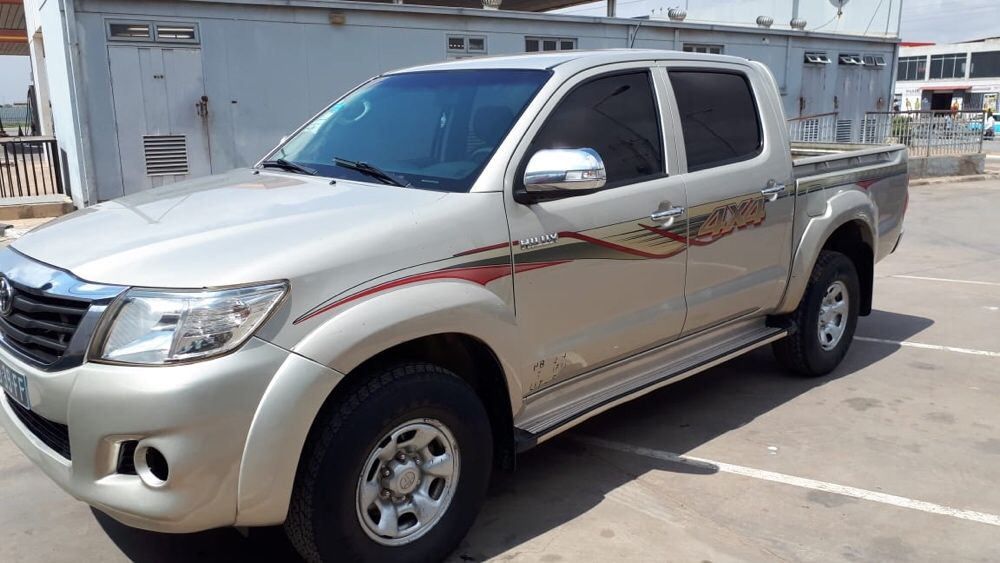 Vendo carrinha hilux diesel