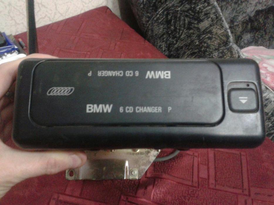 Продам СD-чейнджер на 6 дисков, оригинал, стоял на БМВ Е38