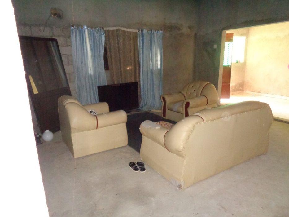 Vendo esta casa T3+1 viana depois da Engevia no patanal. 3.100.000kzs.