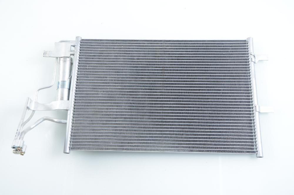 климатичен радиатор НОВ за MAZDA 3 (BK) (03-)
