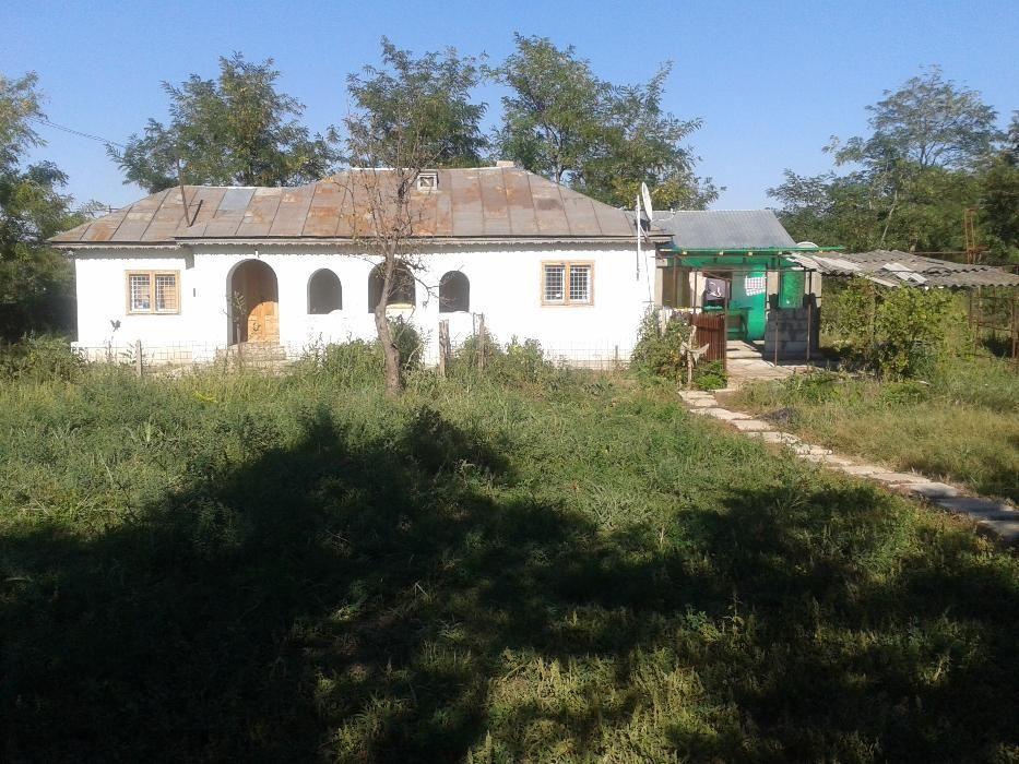 Casa de vacanta+teren 1600mp.in Casota,jud Buzau
