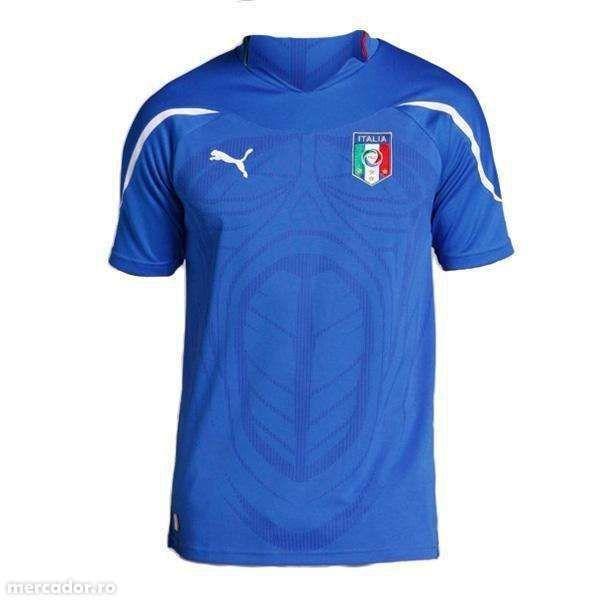 Tricou+sort (echipament) fotbal selectionata Italia-Puma/marimea: S