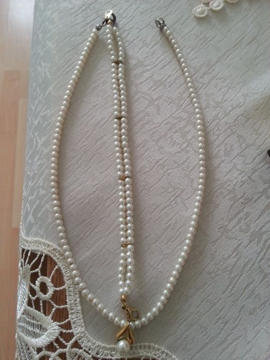 Set colier + bratara perle .