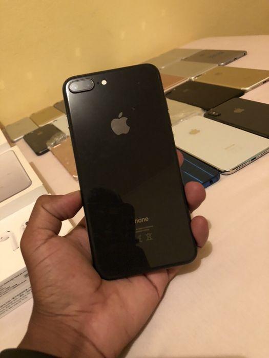 IPhone 8 Plus preto 64gb super clean