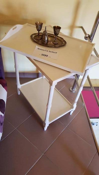 Masuta Servit cu Tava, din lemn masiv, disponibila pe orice culoare !!