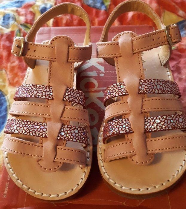 Детски сандали Minibel