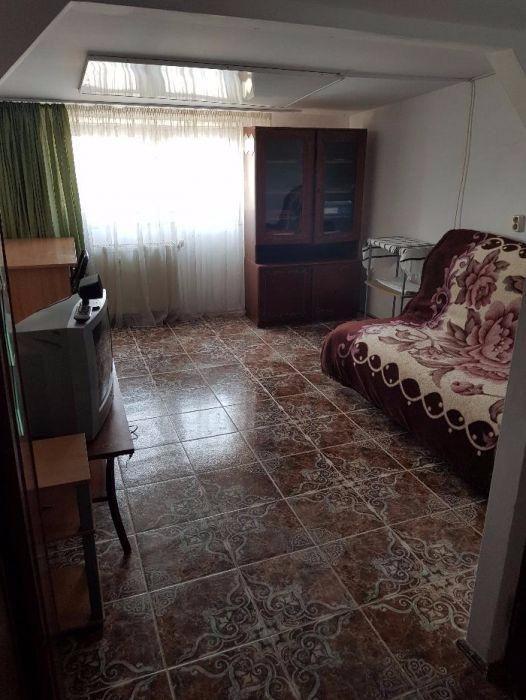Vand apartament 3 camere complet renovat