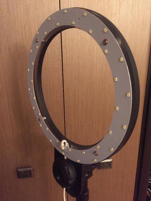 Лампа кольцевая для визажиста ,косметолога светодиодная