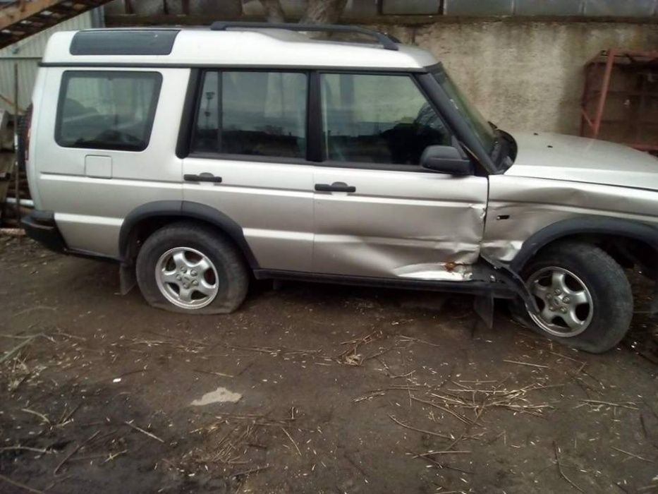 Land Rover Discovery 2.5 TD5, 2002 г. Само на части