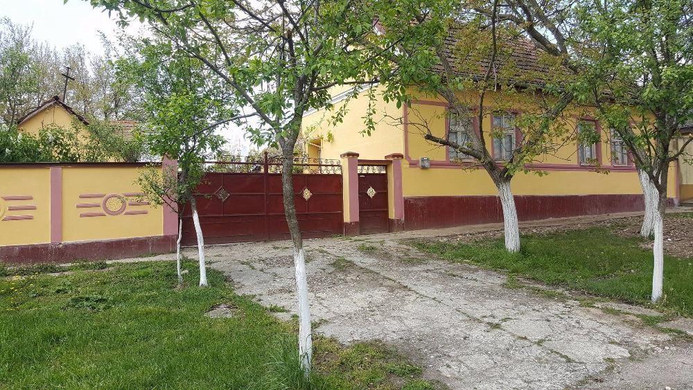 Vanzare  casa  3 camere Timis, Ianova  - 50000 EURO