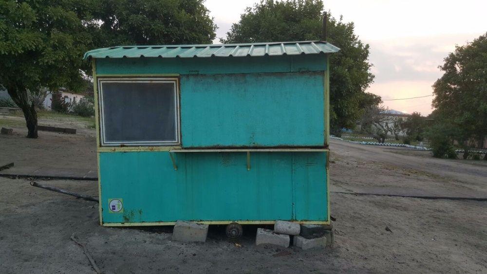 VENDE-SE: Carruagem móvel para take away.