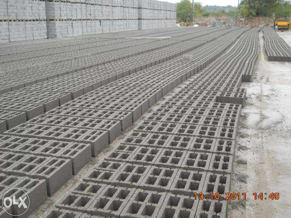 Boltari -dale din beton