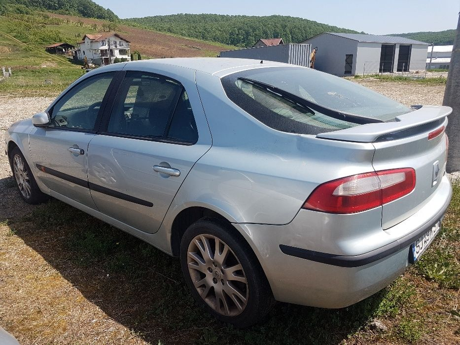 Dezmembrez Renault Laguna 2 motor benzina an fabricatie 2002
