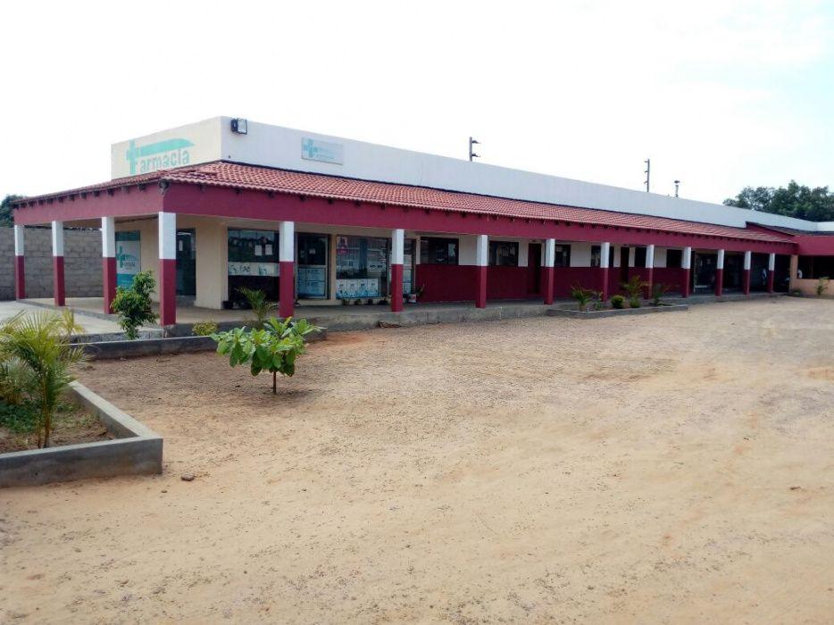 Vende-se Estabelecimento comercial com Lojas Alugadas Espaço de 80/90m