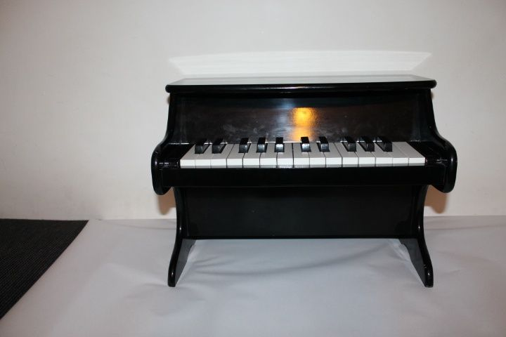 pianina de jucarie