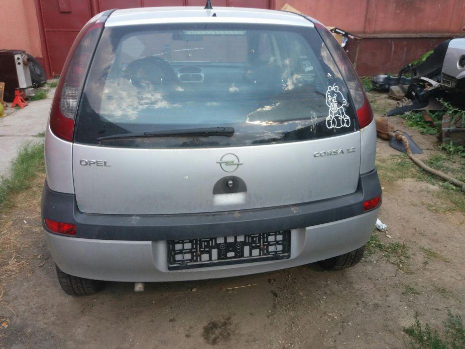 Dezmembrez Opel Corsa C 1.2 16v typ Z12XE euro4 A.c, A.b.s, electric