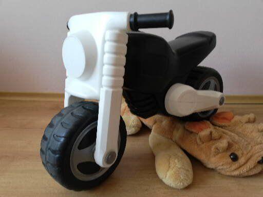 Motocicleta fara pedale pentru copii