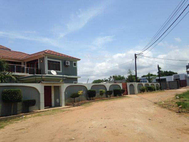 Mahotas Arrendamento T5 com piscina. Maputo - imagem 1