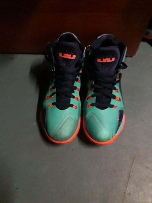 Nike Lebron James Flywire