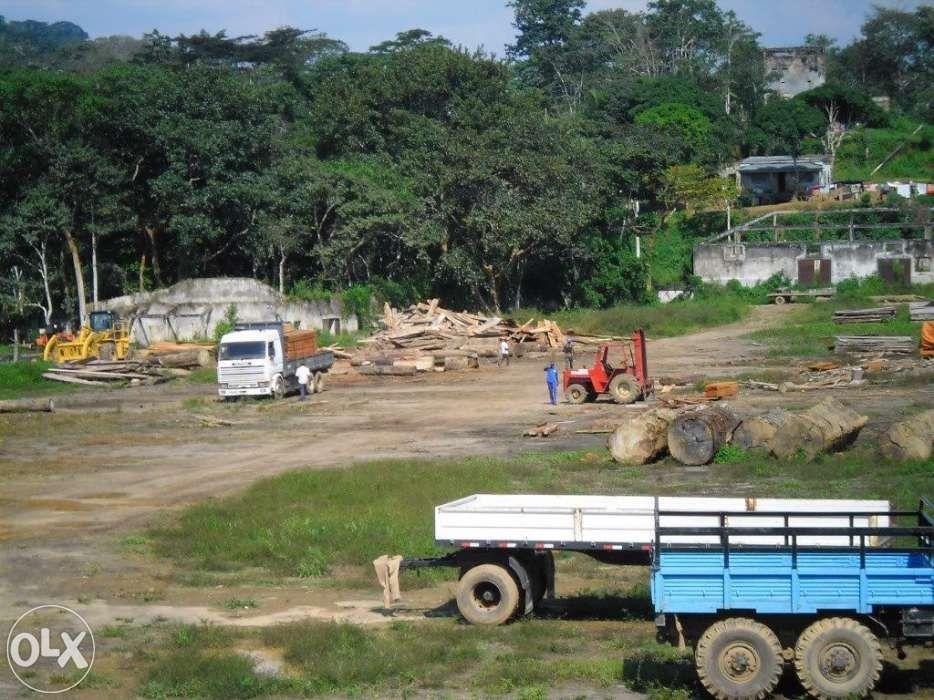 Fazenda com equipamentos no Uige + Terreno no Quitexe