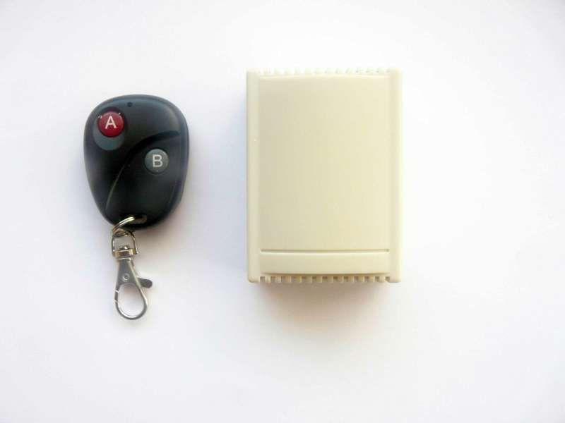 Модул с дистанционно за управление на автомобилна гаражна врата