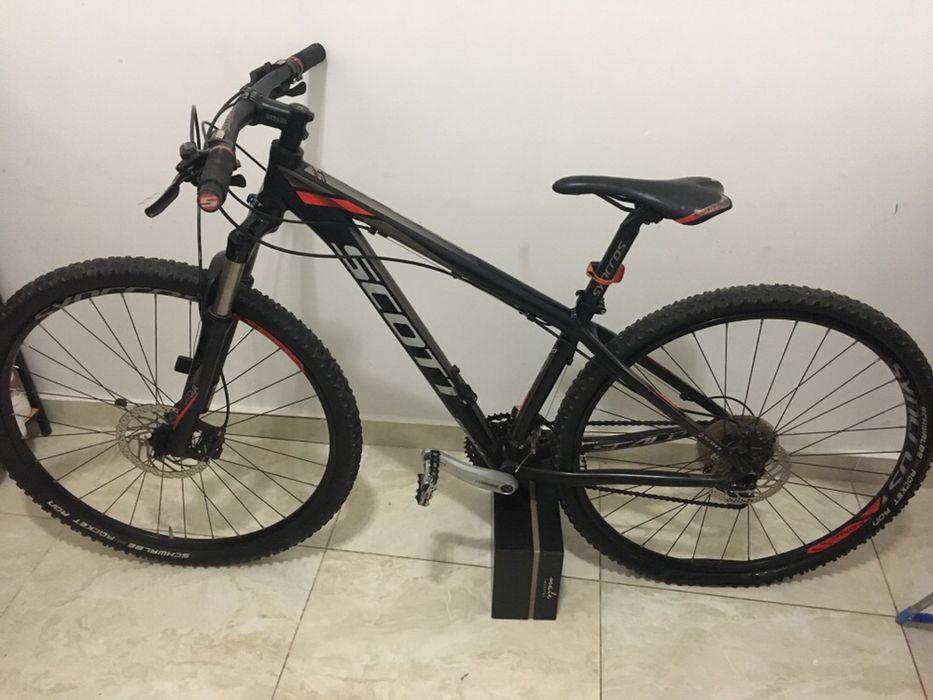 Vendo a minha bicicleta de marca Scott, modelo Scale 970
