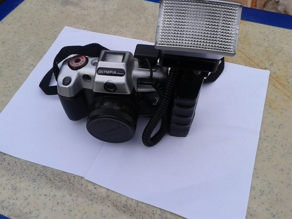 Aparat foto Olympia DL200A cu blitz made in Japan Functional