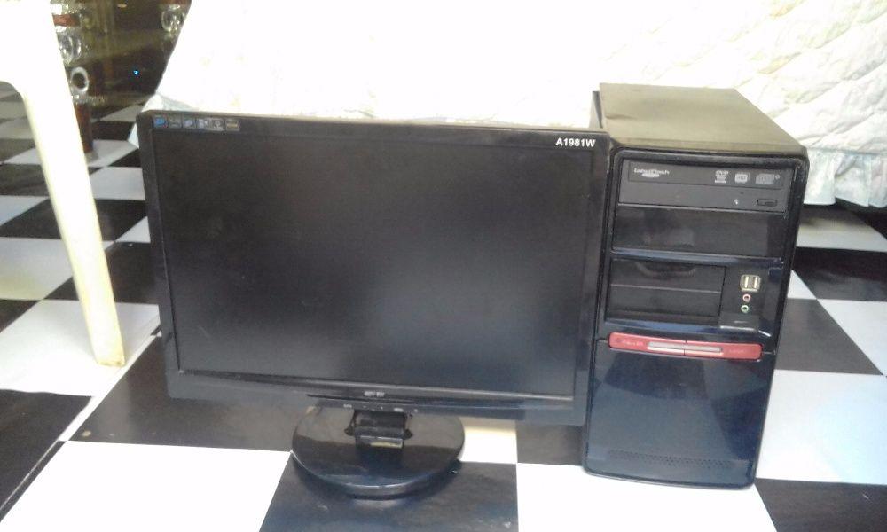 pc core2 duo 250gb de hhd 2gb de ram ddr3 e monitor 19polegadas