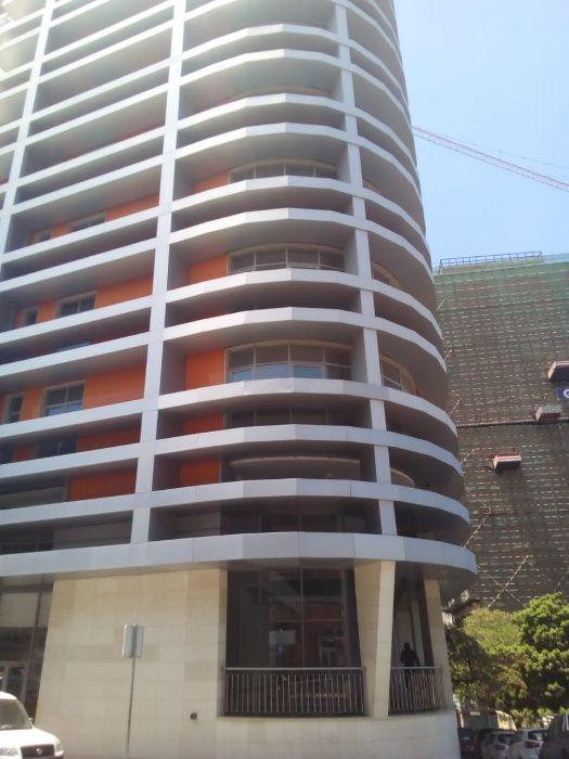 Arrenda Apartamento T3+1 Novo – Edifício Kaluanda