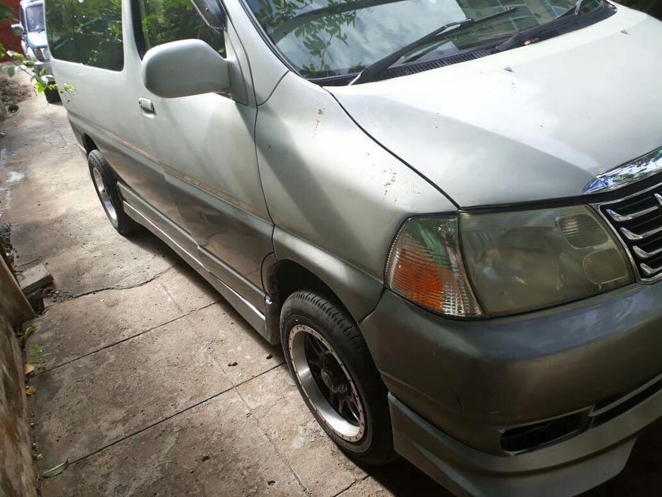 ToyotaGrandHiace