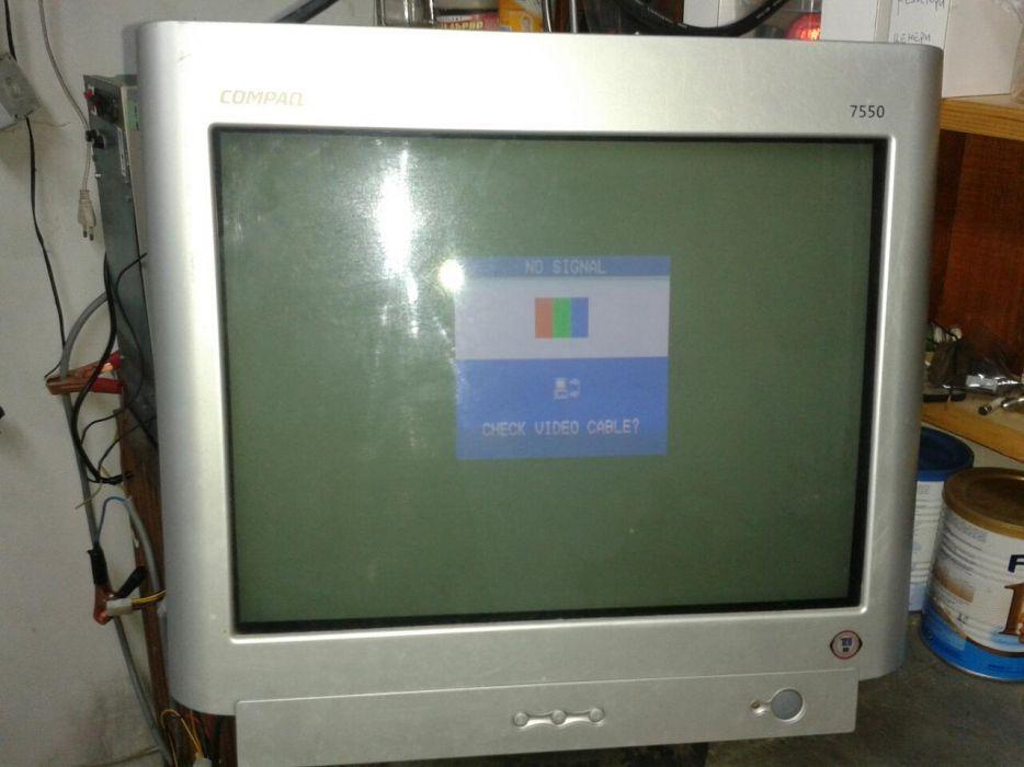 CRT монитор Compaq