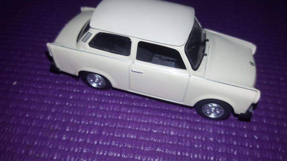 Vand macheta Trabant 601 ,adulti ,copii