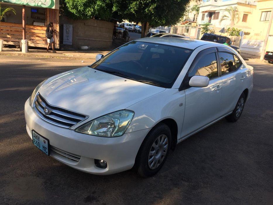 Toyota Allion recém importado