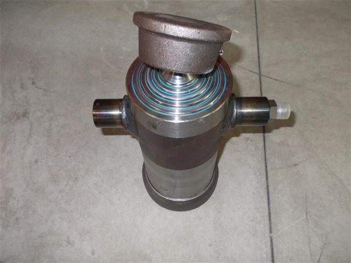 Basculare remorci - cilindru basculare cursa 105 cm